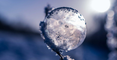 source: https://pixnio.com/nature-landscapes/snow/frost-winter-nature-snow-ice-crystal-snowflake-sphere-sky [CC0 license]]